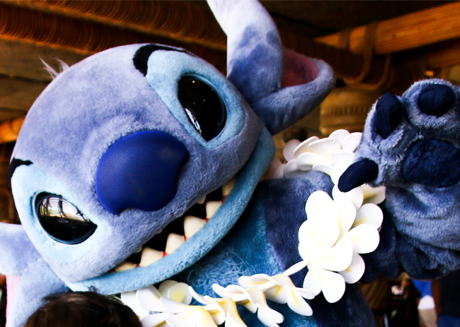 DISNEY DINING REVIEW! | 'Ohana Character Breakfast at WDW Polynesian Resort!
