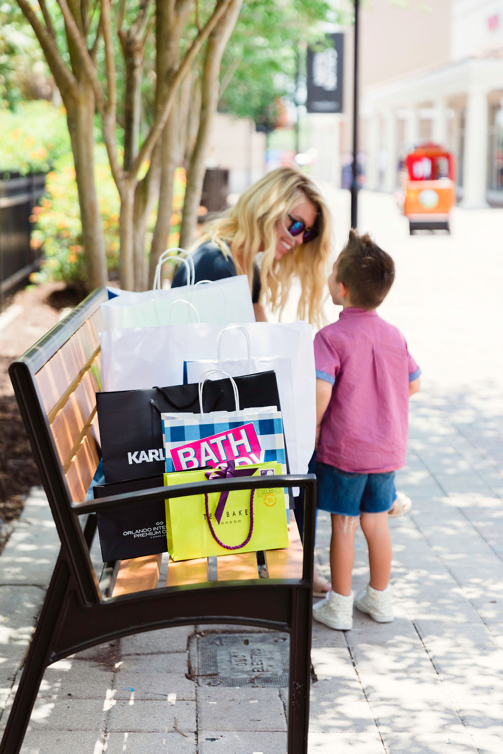 Cheap clothes for kids and moms in Orlando!! Budget shopping for summer kids style! Orlando Outlets Orlando Premium Outlets #momstyle #cheapmomclothes #cheapkidsclothes #orlandooutlets #orlandoshopping