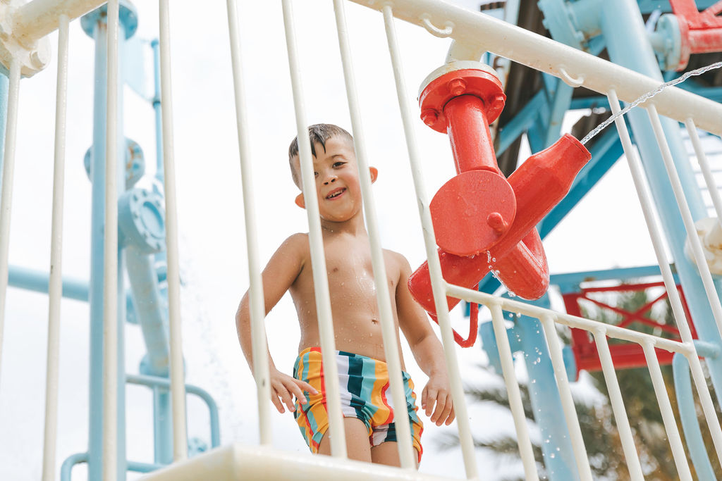 REUNION RESORT Family Vacation Orlando Water Park Resort in Kissimmee Best Family Resort Orlando
