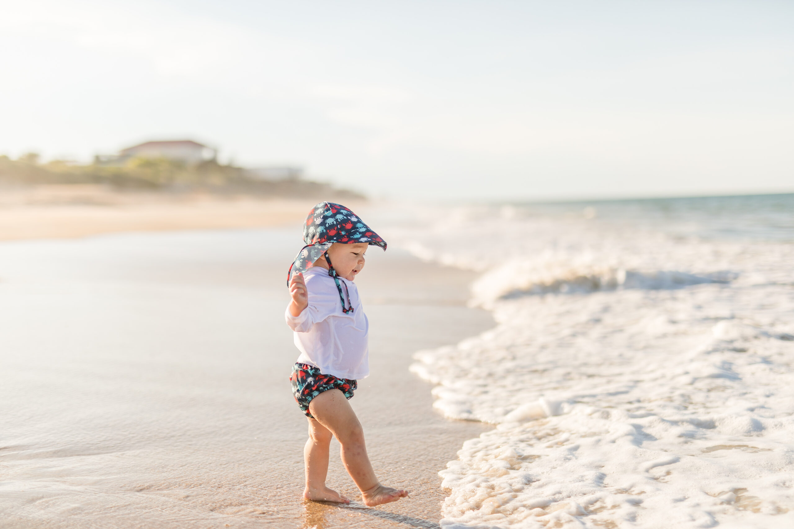 12 Must Haves to pack for baby at the beach! Beach essentials for baby
